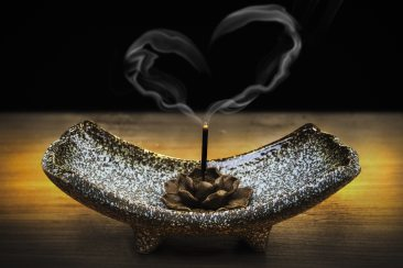 accessory-burnt-ceremony-326627