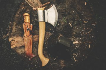 axe-bushcraft-camping-knife-167696