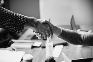 black-and-white-blur-business-deal-1496186